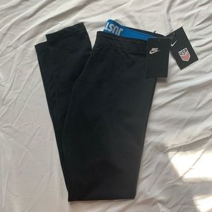 NWT nike USA leggings
